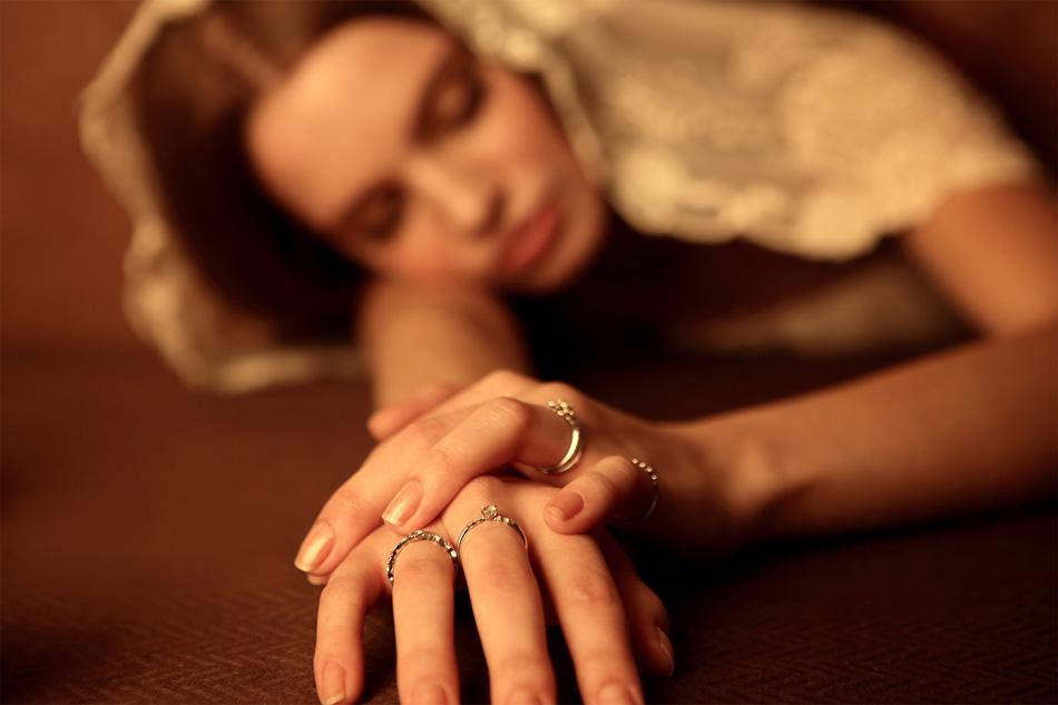 結婚指輪と婚約指輪のパヴェオ ショコラ