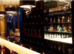 大阪のサプライズプロポーズ アルモニーアンブラッセ ウエディングホテル 22階ラヴニール