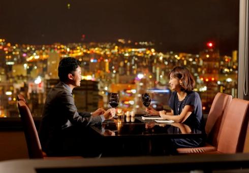 心斎橋・大阪のサプライズプロポーズ JRタワーホテル日航札幌35階レストラン&バー「SKY J