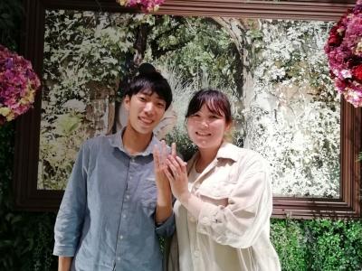 美女と野獣の婚約指輪と結婚指輪をご成約頂いた方(大阪市西区)