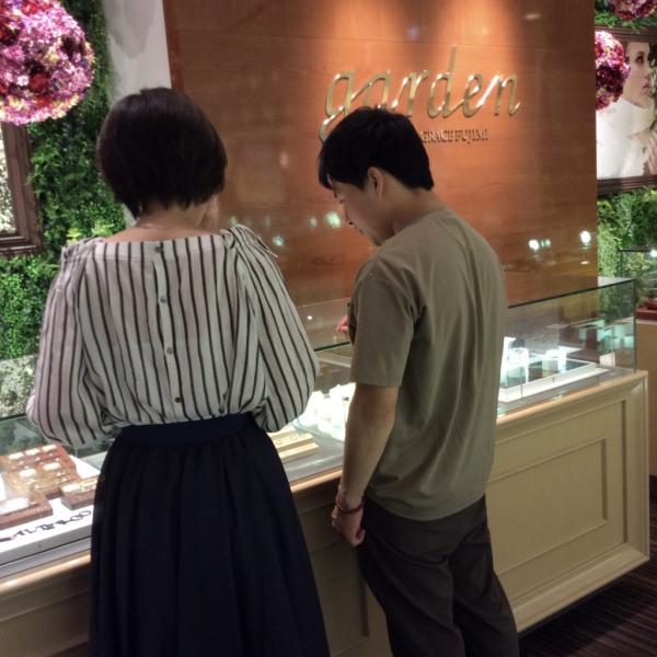 大阪 結婚指輪 ロゼット 月あかり