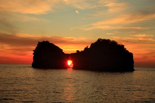 和歌山円月島を見ながらプロポーズ
