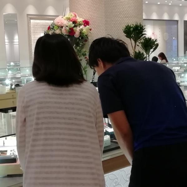 奈良 婚約指輪 結婚指輪
