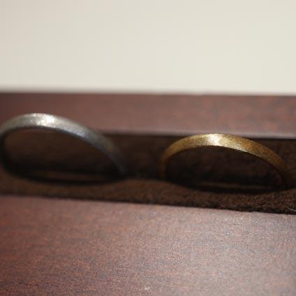大阪心斎橋でマットデザインの手作り結婚指輪を作る