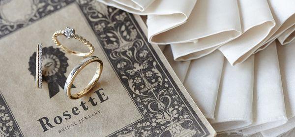ロゼット結婚指輪おしゃれ