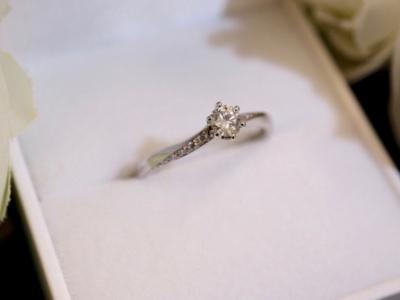 【大阪】Quand de Mariageの婚約指輪