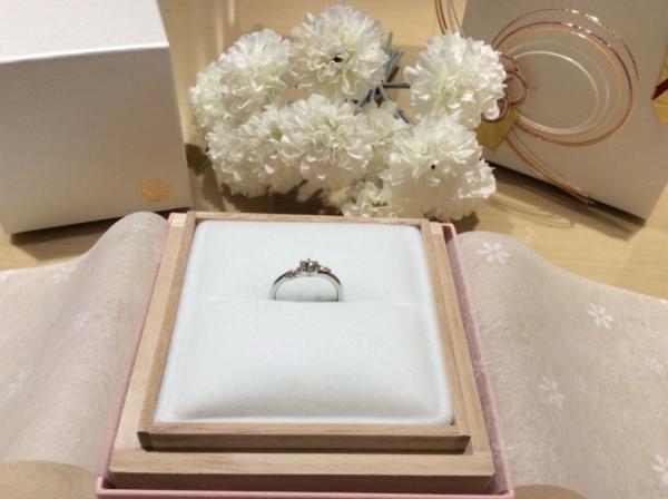 Mariage ent(マリアージュ)の婚約指輪のgarden心斎橋