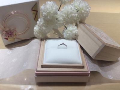 【兵庫】星の砂の婚約指輪