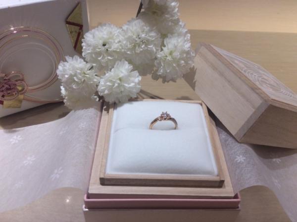 【大阪】Makanaの婚約指輪