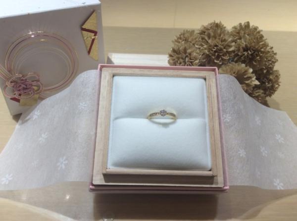 RosettE(ロゼット)の婚約指輪のgarden心斎橋