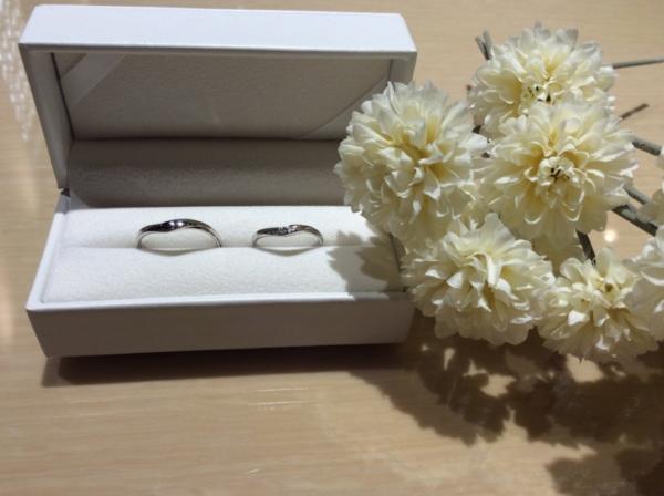 SWEET BLUE DIAMOND(ブルーダイヤモンド)の結婚指輪のgarden心斎橋
