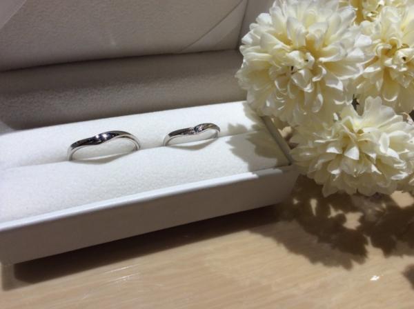 【大阪】SWEET BLUE DIAMONDの結婚指輪