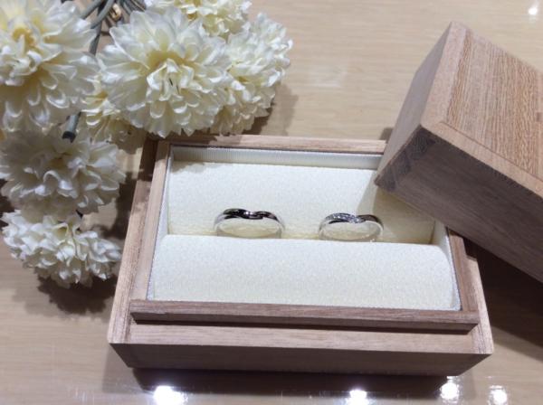 和風の彩乃瑞の結婚指輪