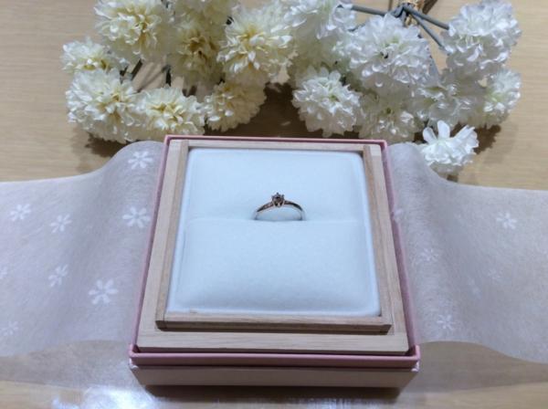 ロゼット(RosettE)の婚約指輪