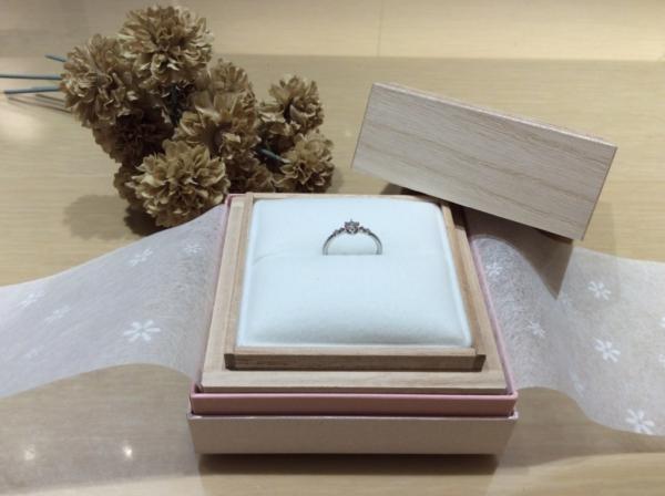 RosettE(ロゼット)の婚約指輪