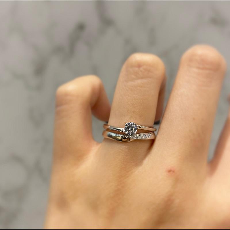いろのは(IROノHA)の婚約指輪と結婚指輪の重ね付け